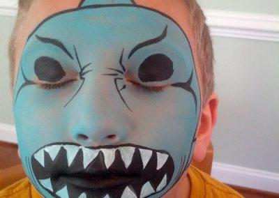 face-painting-shark-600x800